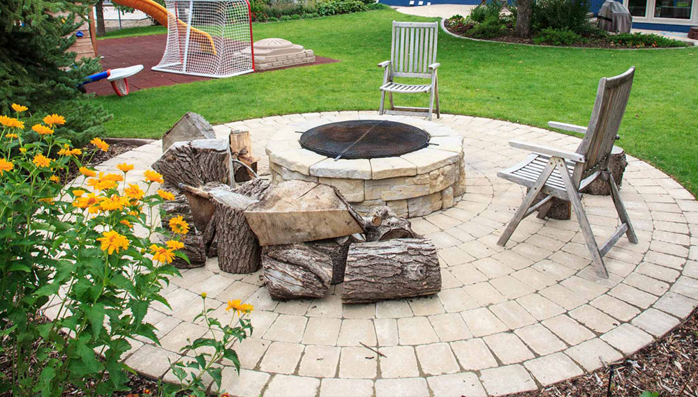 Calgary patio with fire pit