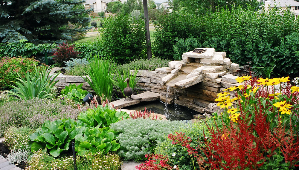 2002 winning garden with The Calgary Horticultural Society